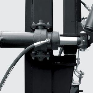 Arm controled by hydraulic system