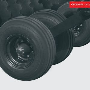 """Standard: axle hub with 8 holes. Recommended tires: two dual 12.5L x 15"""" 12 ply rib implement tires with heavy duty 8 bolt wheel hubs (wheels and tires are not included)."""