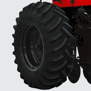 Sistema con ruedas de neumáticos 18,4 x 30 x 12L al nivel más bajo de la compactación del suelo y la transferencia de carga de la sembradora.