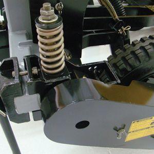Système de ressort dans l'essieu pour la régulation de la pression d'adhérence des pneus pour la transmission homogène.