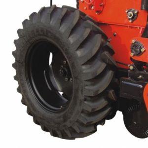 Sistema de rodado com pneu 14.9 x 28 x 6L para o menor índice de compactação ao solo e de transferência de cargas da semeadora.
