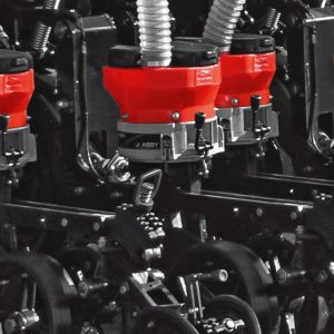 Seed Units with transmission drive by cardan shaft, without chains.