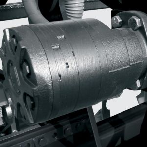 Transmission by hidraulic engine.