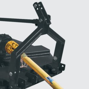 Hitch with lateral and extend mounted adjustment.