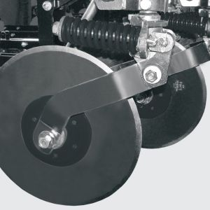 "20 ""disjointed cutting discs with independent depth adjustment. Optional: 22""cutting discs."